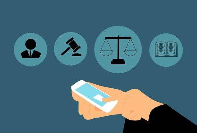 Estudiar derecho en línea