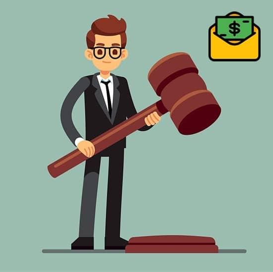 cuanto gana un maestro en derecho corporativo